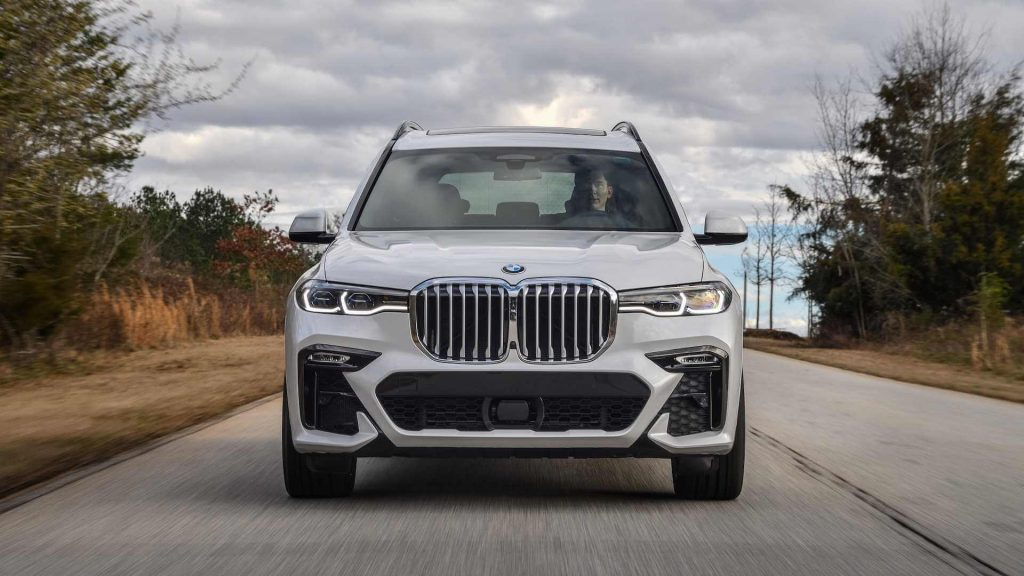 BMW X7 the Flagship SUV Price, Feature, Specs in India
